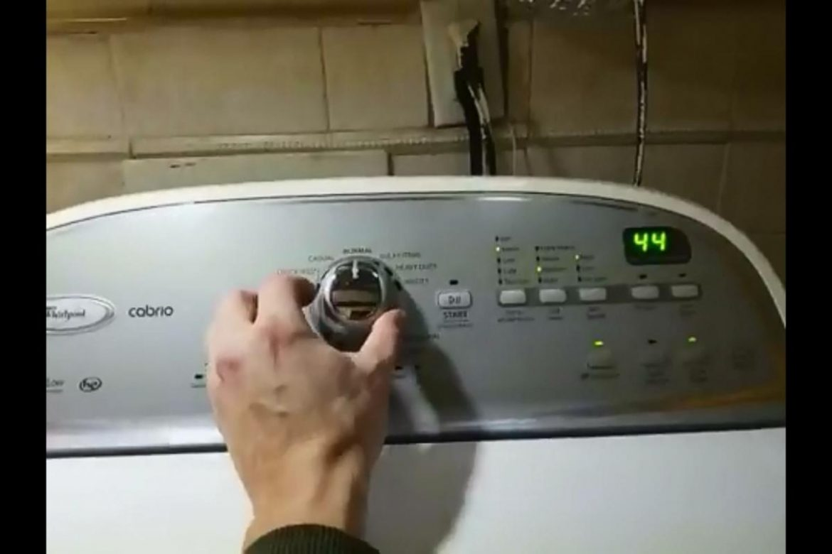 Whirlpool Cabrio Washer Machine Service Mode – Video